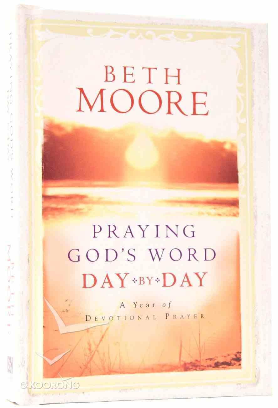 Praying God's Word Day By Day Hardback