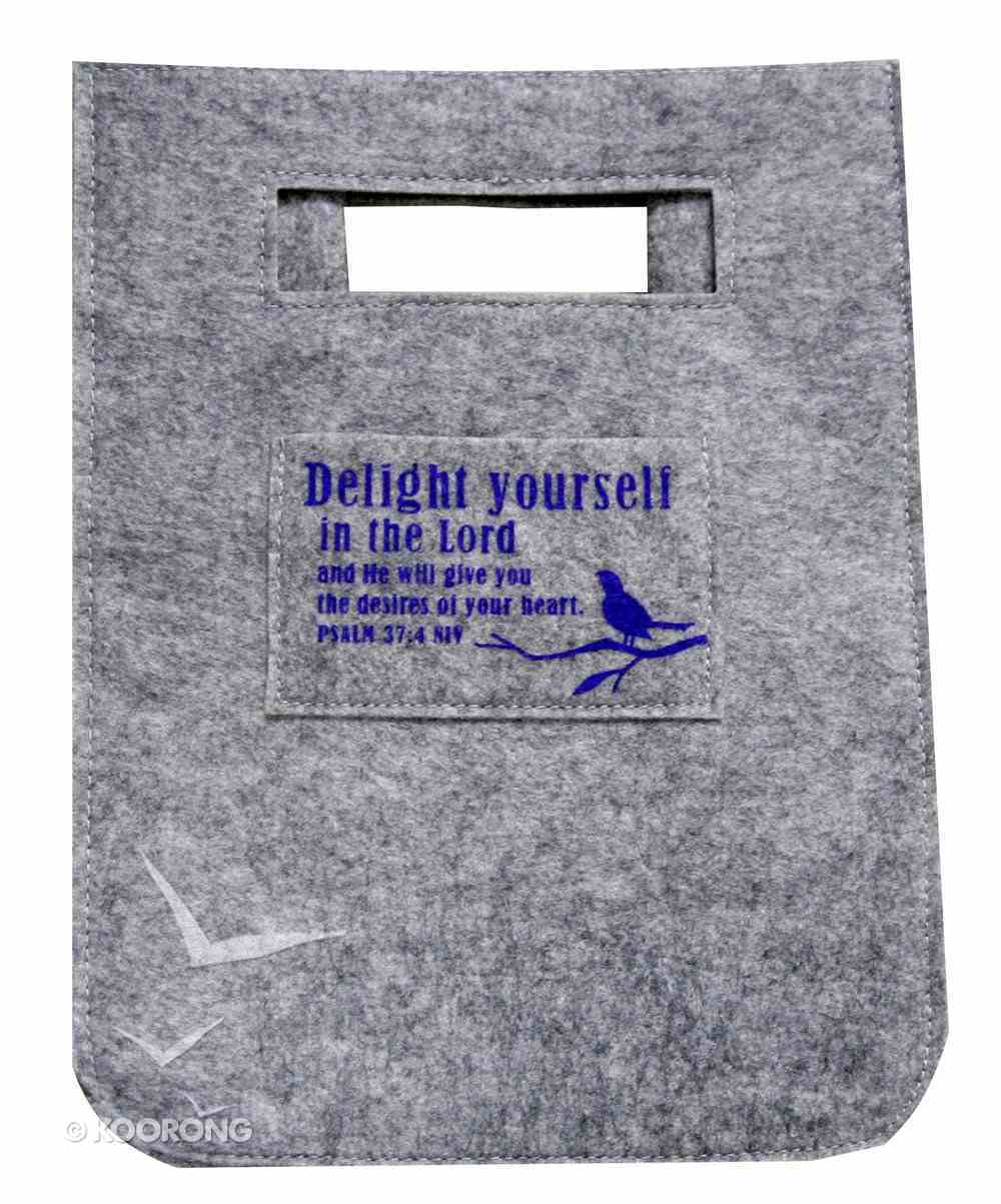 Gift Bag Medium: Delight Yourself in the Lord Reusable Felt Bag Stationery