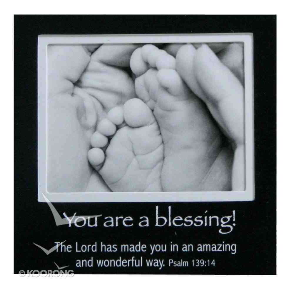 Magnetic Picture Frame: Baby Feet Novelty