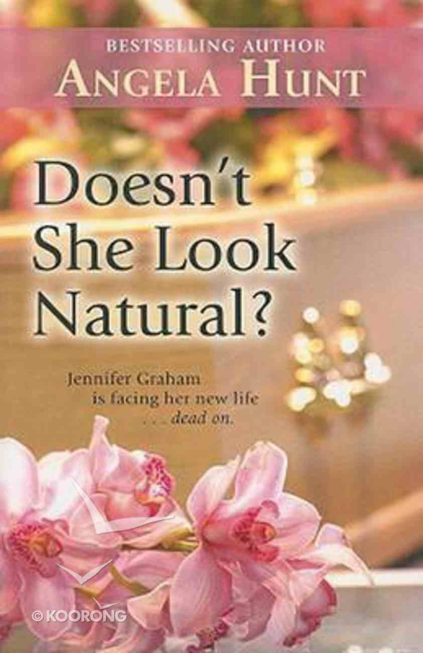 Doesn't She Look Natural? (Large Print) Paperback