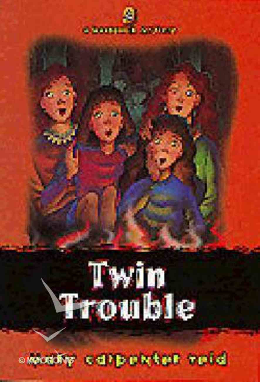 Twin Trouble (#04 in Backpack Mystery Series) Paperback