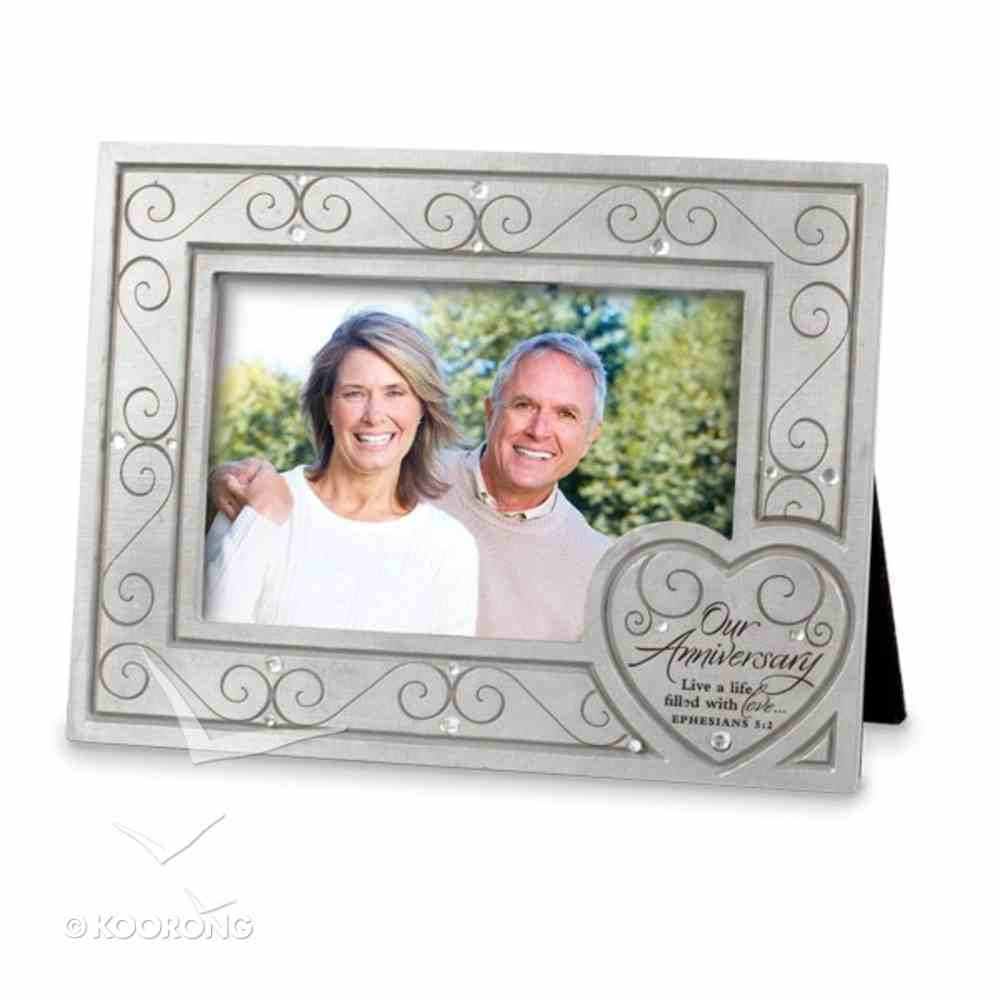 Photo Frame With Heart Cast Stone: Live a Life of Love Homeware