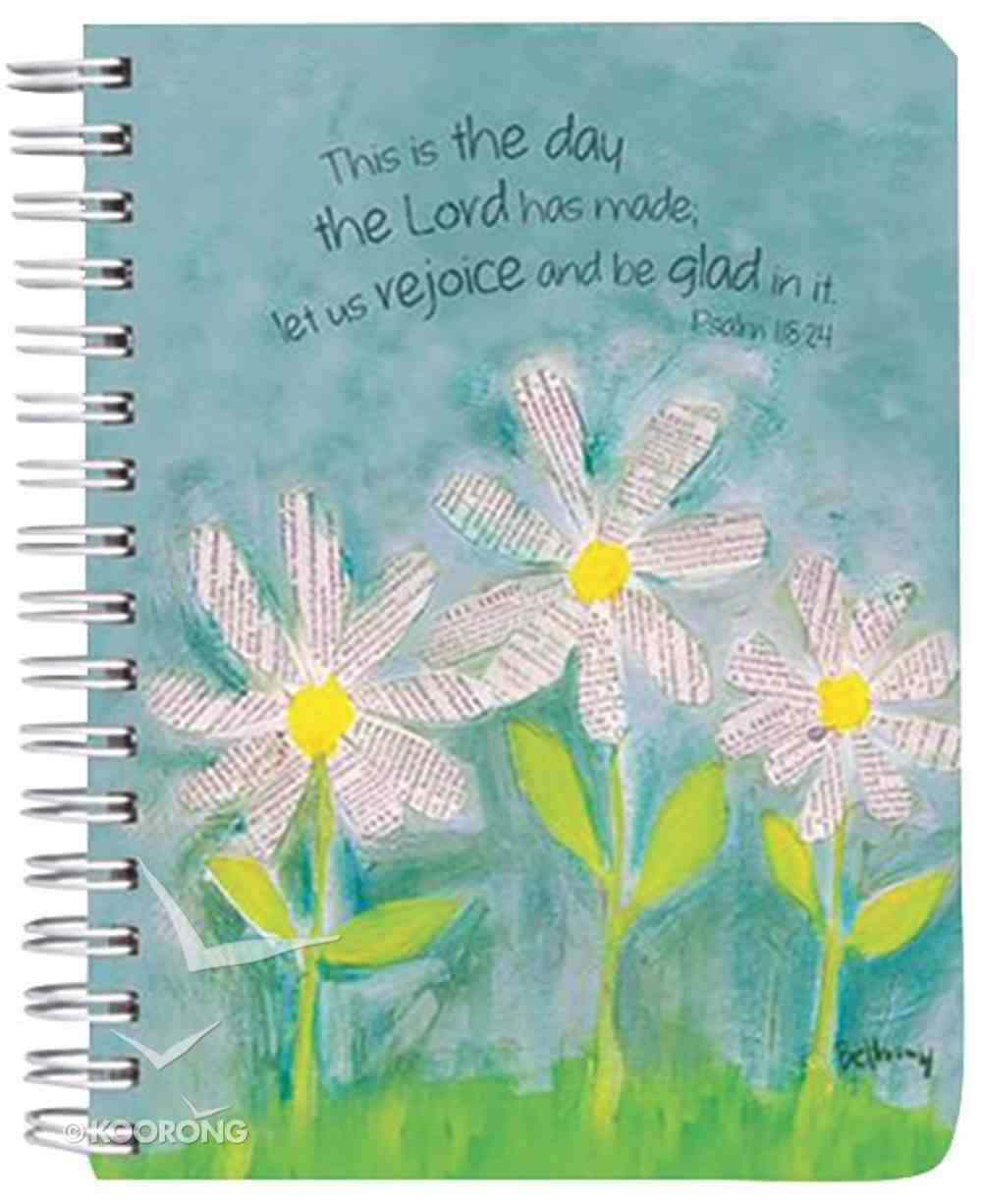 Petals of Praise Spiral Notebook: White Daises Spiral