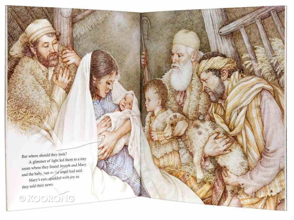 Jesus is Born Paperback