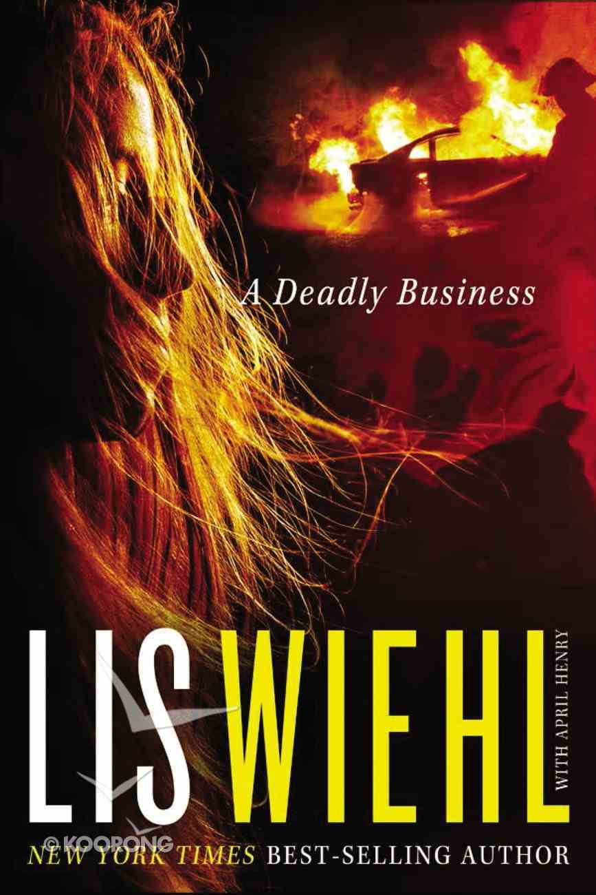 A Deadly Business (#02 in Mia Quinn Mystery Series) Mass Market