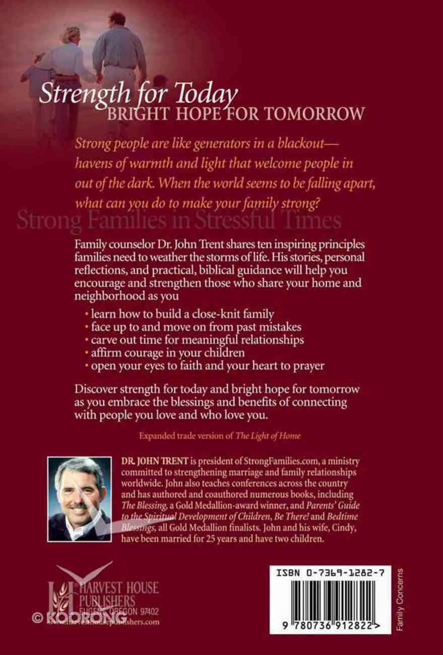 Strong Families in Stressful Times Hardback