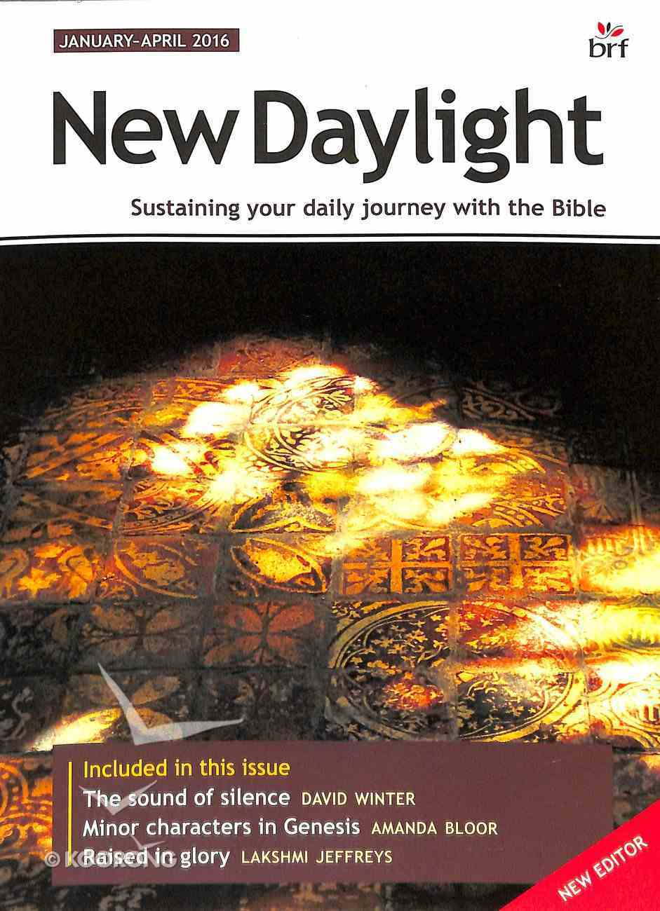 New Daylight Deluxe 2016 #01: Jan-Apr (Large Print) Paperback