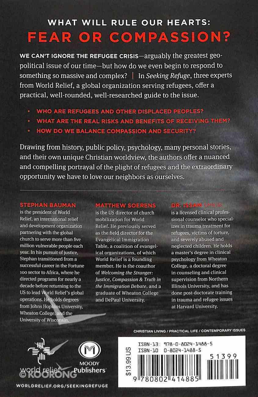 Seeking Refuge on the Shores of the Global Refugee Crisis Paperback