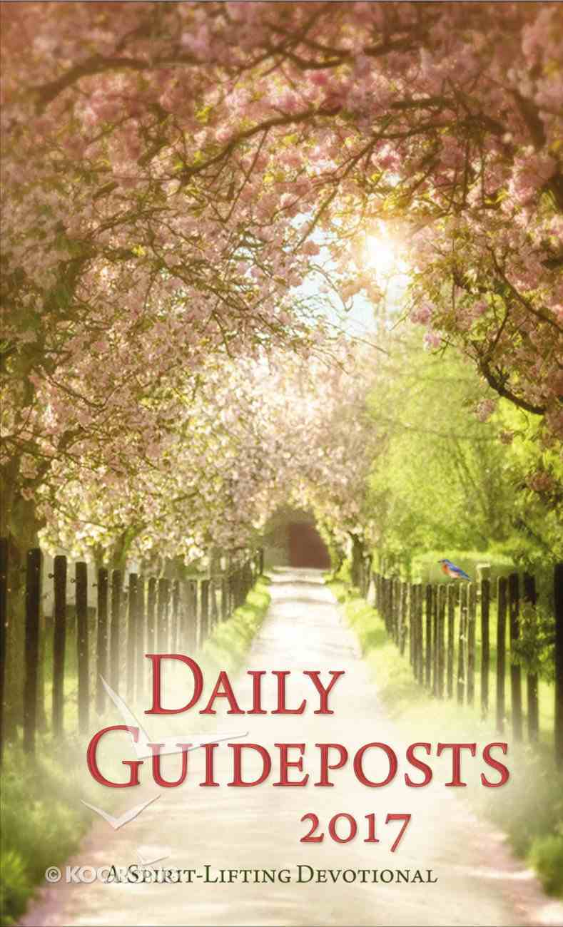 Daily Guideposts 2017 (Large Print) Paperback