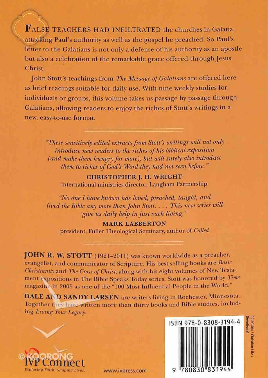Reading Galatians With John Stott (Reading The Bible With John Stott Series) Paperback