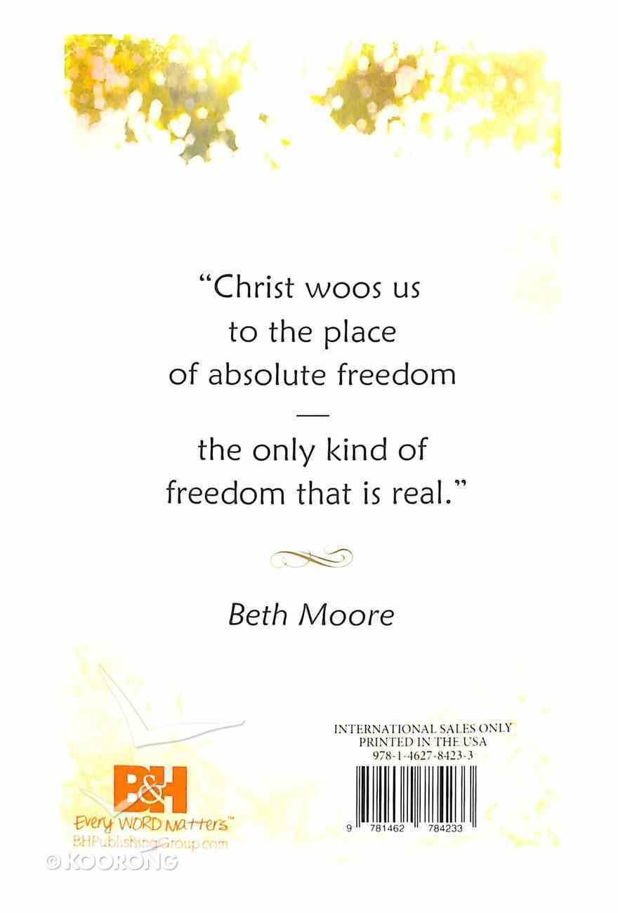 Breaking Free Day By Day: A Year of Walking in Liberty Paperback
