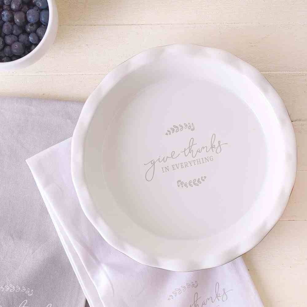 Ceramic Pie Plate: Give Thanks (1 Thess 5:18) (Give Thanks Collection) Homeware