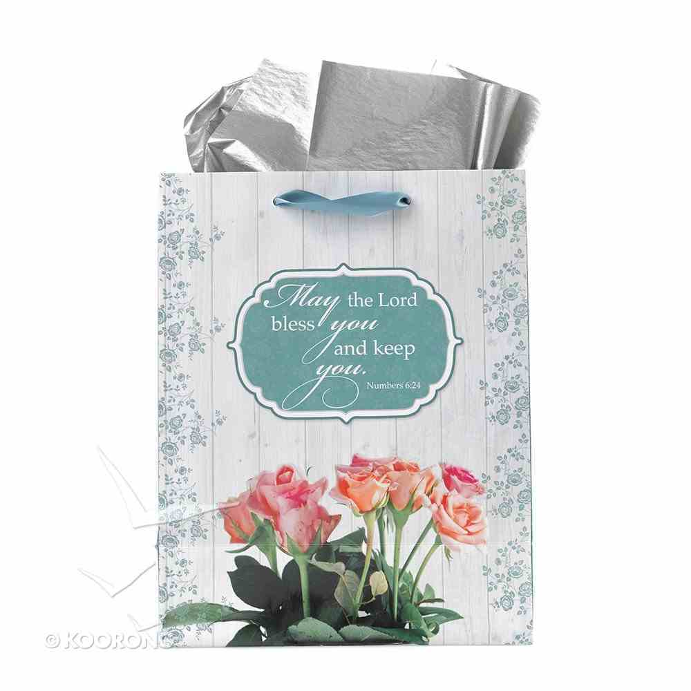 Gift Bag Medium: Mum, You Are the Heart of Our Home Stationery