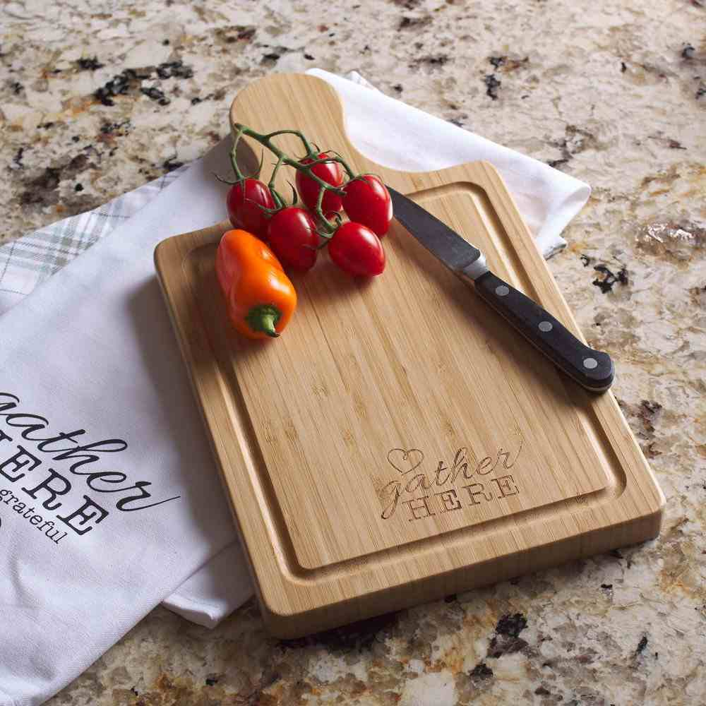 Bamboo Cutting Board With Handle: Gather Here (Gather Here Collection) Homeware