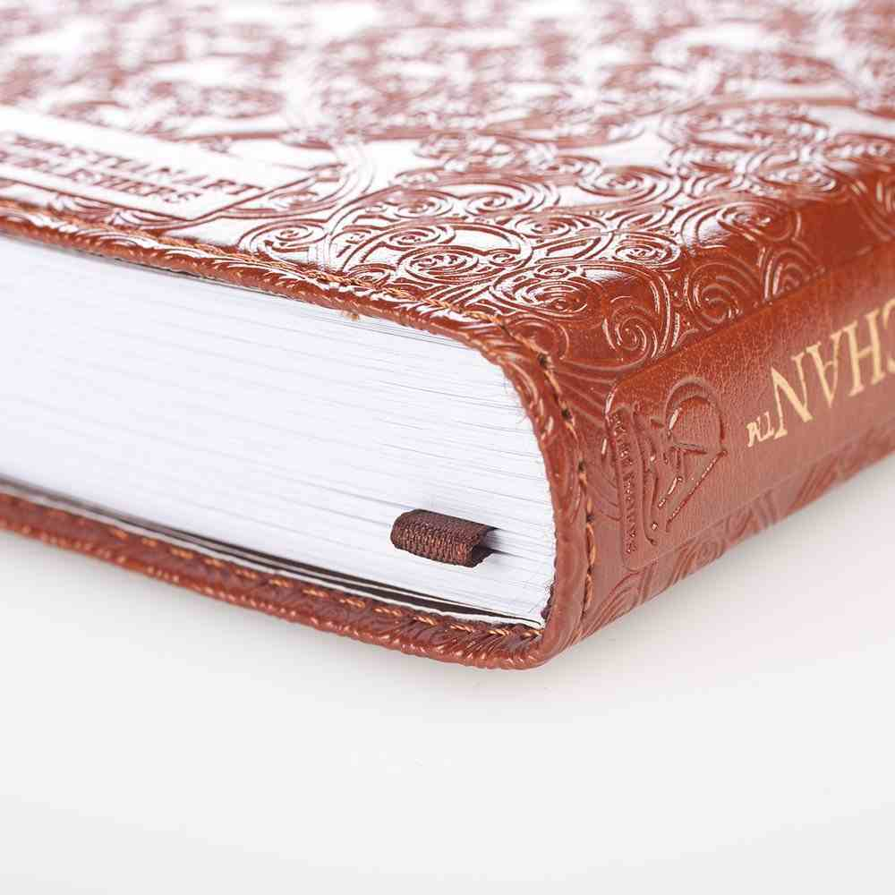The Bible in 366 Days For Men of Faith Imitation Leather