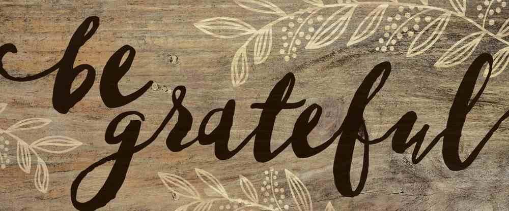 Tabletop Decor: Be Grateful, Leaves Plaque