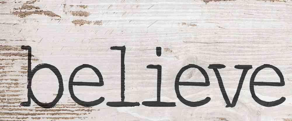 Tabletop Decor: Believe, Whitewash Plaque