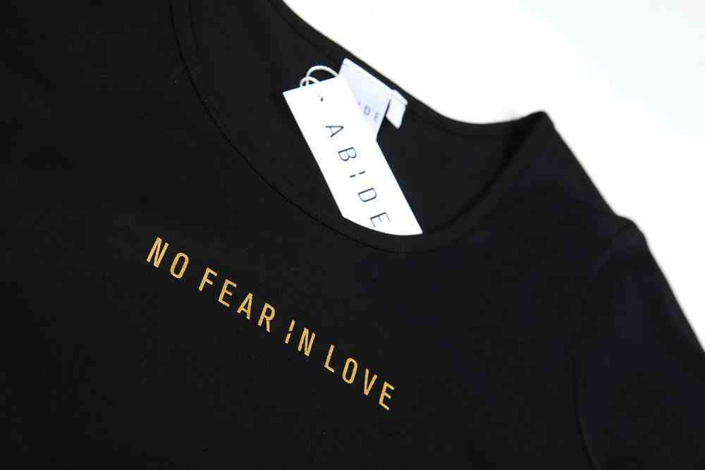 Womens Mali Tee: No Fear in Love, Large, Black With Gold Metallic Print (Abide T-shirt Apparel Series) Soft Goods