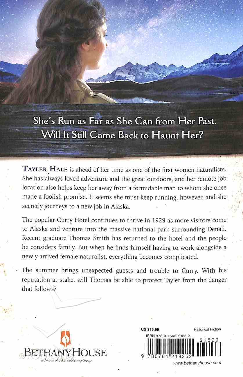 Under the Midnight Sun (#03 in The Heart Of Alaska Series) Paperback