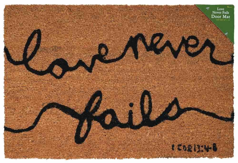 Door Mat: Love Never Fails (1 Corinthians 13:4-8) Homeware