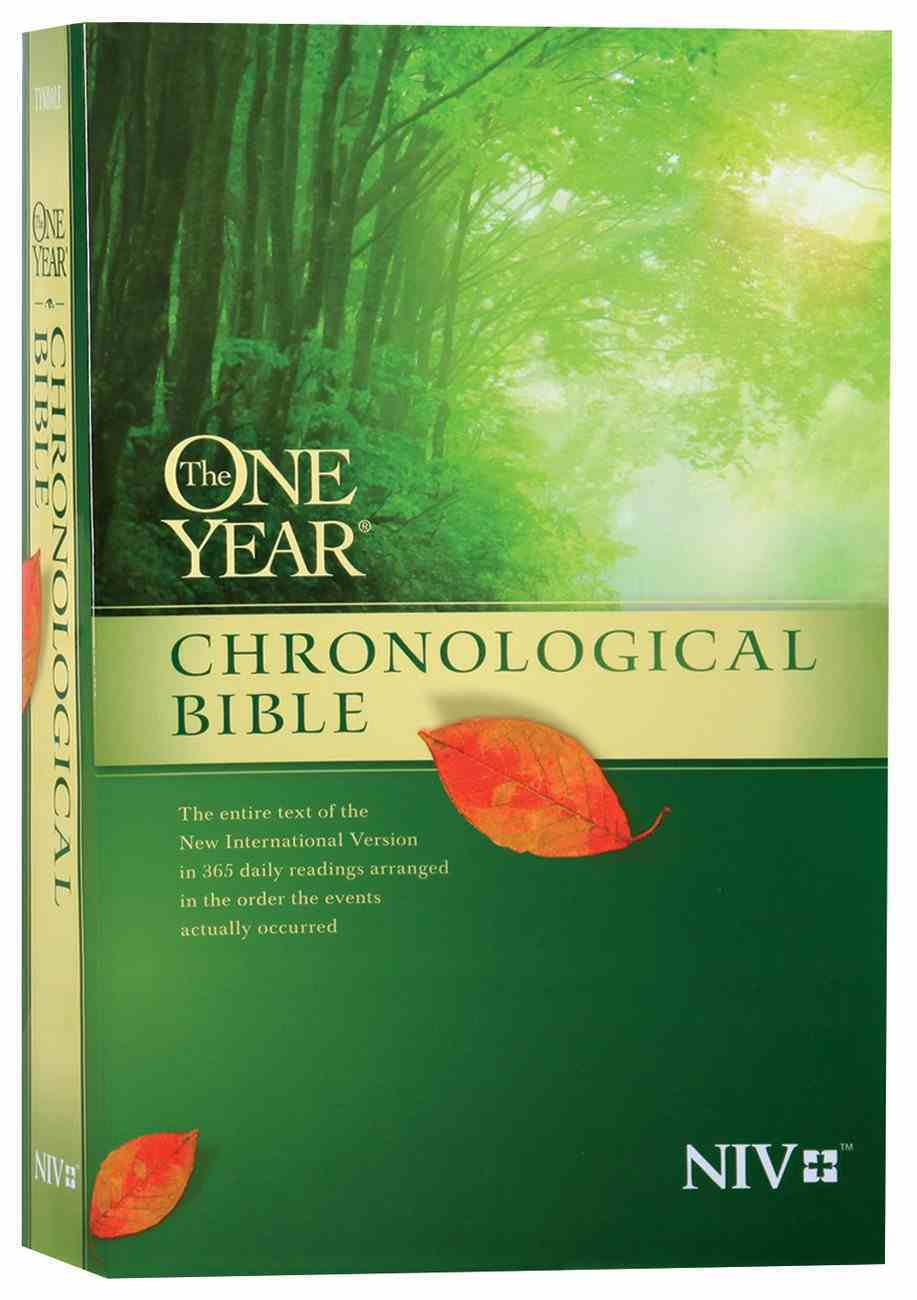 NIV One Year Chronological Bible (Black Letter Edition) Paperback