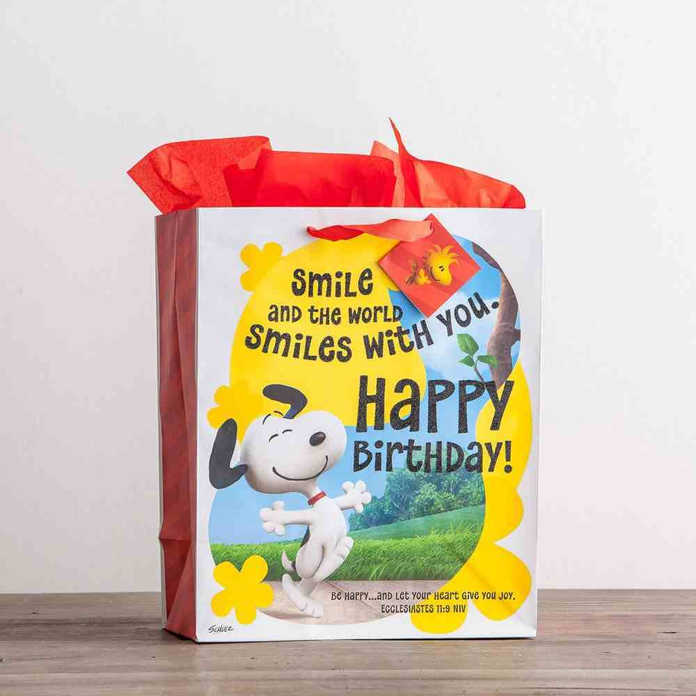 Gift Bag Large: Peanuts Happy Birthday (Incl Two Sheets Tissue Paper & Gift Tag) Stationery