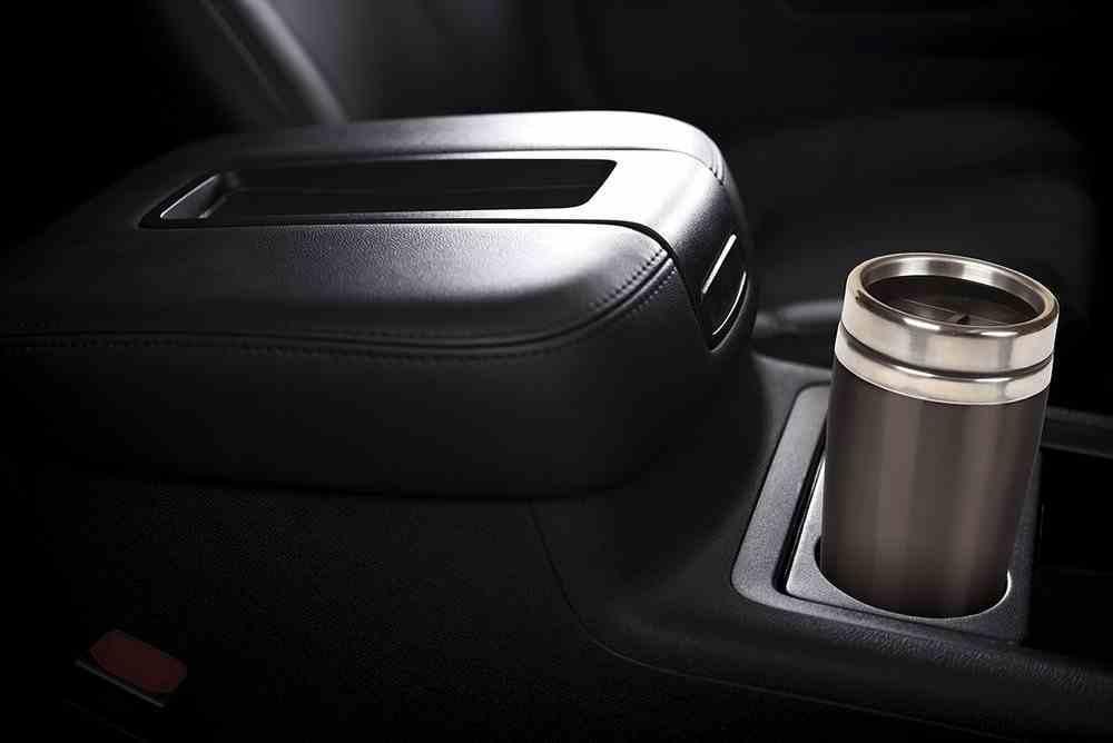Travel Mug Stainless Steel: Black, Silver Lid, 473 ML Homeware