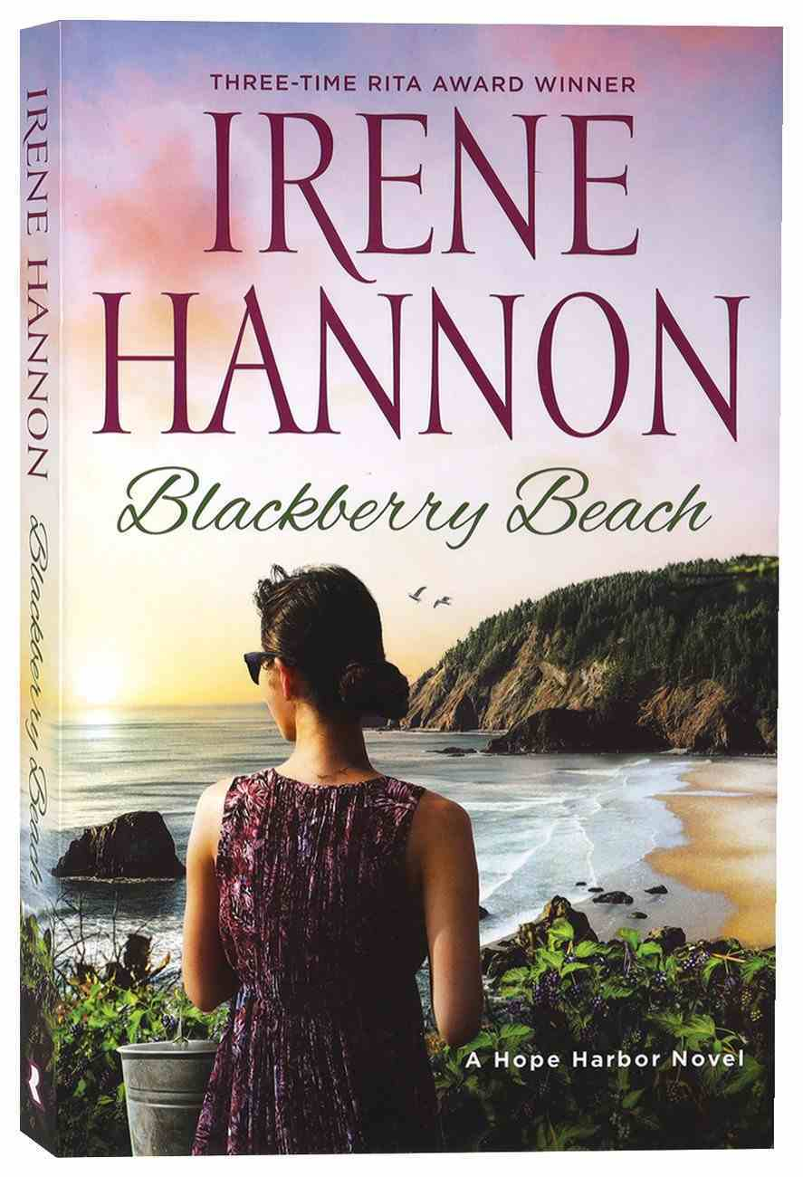 Blackberry Beach (Hope Harbor Series) Paperback