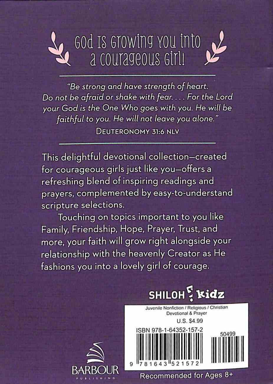 How God Grows a Courageous Girl: A Devotional Paperback